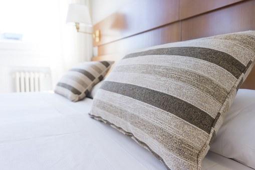 あなたの睡眠の質を上げる?枕の重要性