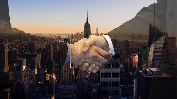 「握手」で一気にパーソナルスペースへ!コミュニケーションが苦手な人の為の心理学。