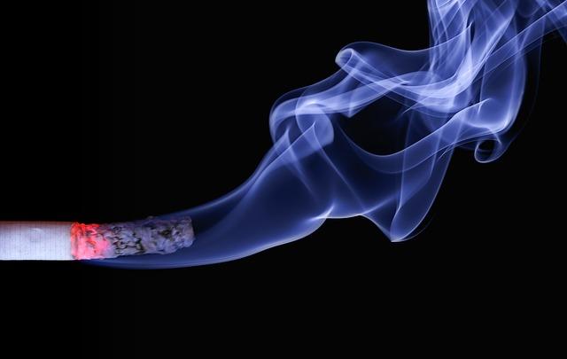 腰痛とたばこ(喫煙)の関係